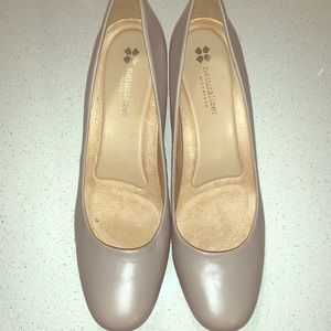 Naturalize Pumps size 11 Taupe Color
